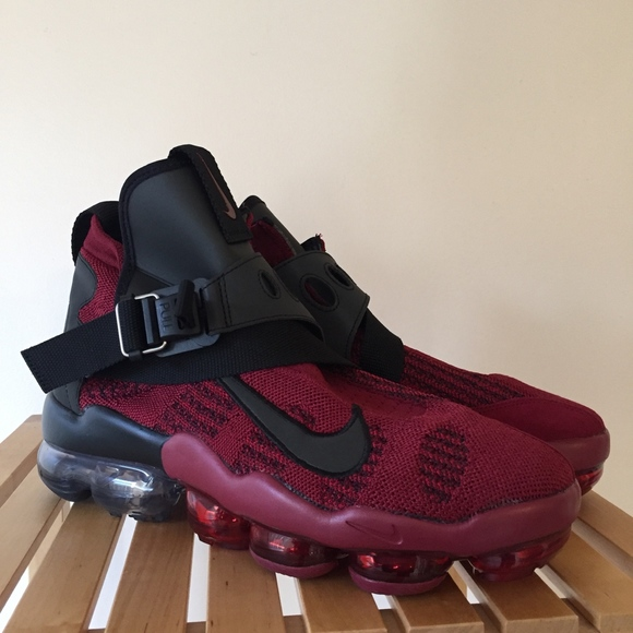Nike Air Vapormax Premier Flyknit Mens Shoe Black//Red AO3241 600 Size 10.5 /& 14